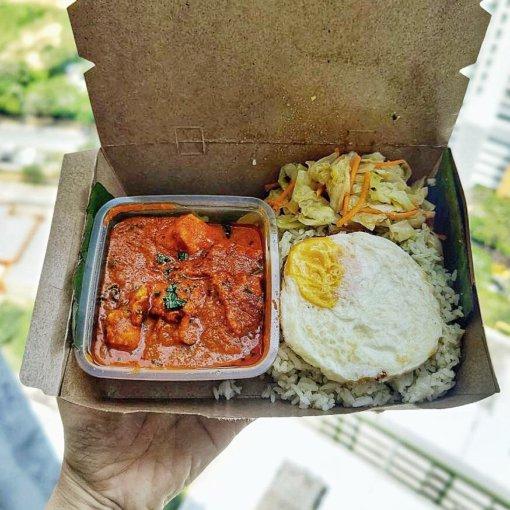 Chicken Tikka Masala with Pandan rice